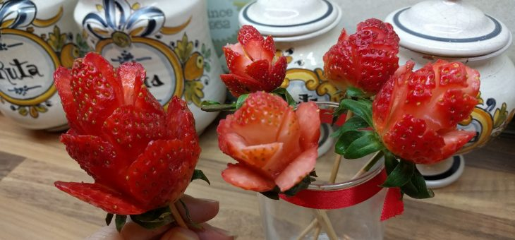 Fresas con rosas 🌹🍓